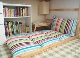 Diy Folding Bed Floor Cushions Diy Awesome Tutorial On How To Make These Diy