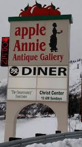 Apple Annie Awnings Apple Annie U0027s Antique Gallery Cashmere Wa Top Tips Before You