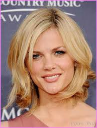 above shoulder hairstyles above the shoulder haircuts with side bangs for women stylesstar