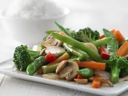 légumes faciles à cuisiner sauté asiatique aux arachides recette légumes surgelés les