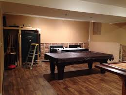 paint help what color to paint behind the bar and in the pool table