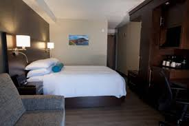 trouver un hotel avec dans la chambre auberge madeli hôtels les îles de la madeleine île du cap aux
