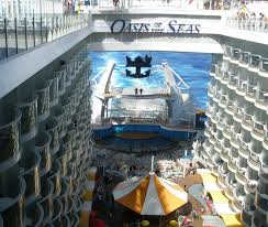 oasis of the seas a floating city