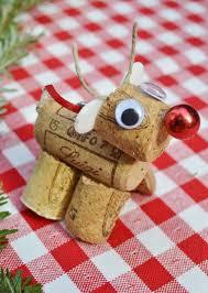 recycled wine cork reindeer diy decorations