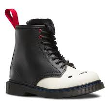 dr martens womens boots canada dr martens dr martens shop silver are fashion