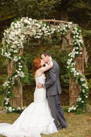 wedding flowers knoxville tn wedding ceremony at dara s garden in knoxville tn flowers by