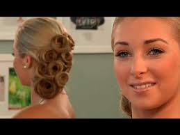 hairstyle for evening event what would be the best hairstyle for a tube evening gown