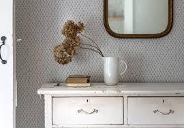 Expert Advice 5 Diy Finishes For Painted Furniture Vintage Bureau Diy