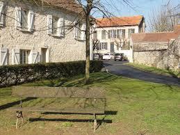 A Place Vue File Le Perchay 95 Grande Place Vue Vers La Mairie Jpg