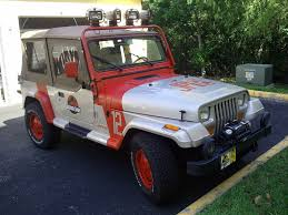 white jeep sahara tan interior jeep wrangler sahara jurassic park replica sells for 9k on ebay