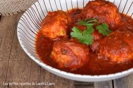 cuisiner boulette de viande recette de boulettes de poulet à la sauce tomate curry la recette