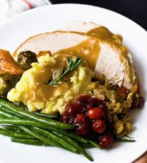 volunteer thanksgiving chicago survey a texas thanksgiving meal is 31 cents cheaper this year
