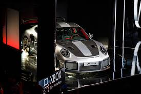 2018 porsche 911 gt2 rs unveiled as forza motorsport 7 cover car