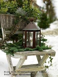 Christmas Outdoor Lanterns Decorations by Best 25 Christmas Lanterns Ideas On Pinterest Outdoor Xmas