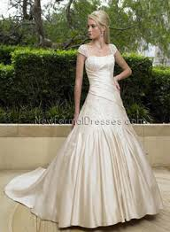 wedding dresses 2010 8 absolutely beautiful wedding dresses lifestyle