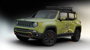 jeep renegade concept pair of upgraded jeep renegade concepts scoot into detroit