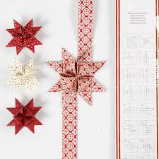 how to make an advent wreath from woven design paper stars