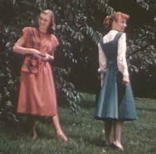 1940s college girls vintage summer fashion show glamourdaze