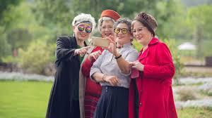 photoshoot ideas for seniors