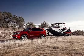 red jeep wallpaper wallpaper jeep 2014 grand cherokee srt red grass speedboat