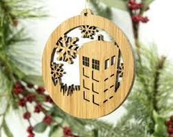 etched glass ornament doctor who inspired tardis arch