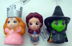 curiozity corner hallmark wizard of oz decoupage ornaments