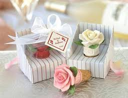 Cool Favor Ideas by Cool Wedding Favors Memorable Wedding Planning