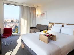 l vad de la chambre 9 hotel in barcelona book at this select novotel in barcelona