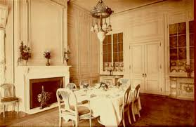 Guggenheim Mansion Dining Room At Bombadeaguame - Mansion dining room