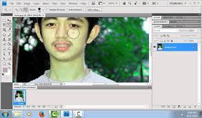 Membuat Latar Belakang Foto Blur Dengan Photoshop | cara membuat background foto menjadi blur photoshop cs4 youtube