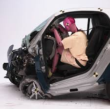 crash test siege auto 2013 test crash siege auto 59 images car crash car crash tests 2013
