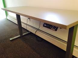 compel hilo electric table 24