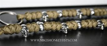 paracord woven bracelet images Custom paracord bracelet and keychain with metal skull beads gif