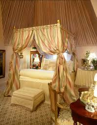 Canopy Bed Curtains Queen Canopy Bed Curtains Bedroom Beach With Curtains Canopy Four Poster Bed