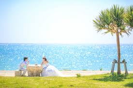 pre wedding photo in japan toyosaki beach okinawa japan la vie