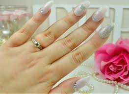 tease flutter pout get valentines stiletto nails at home