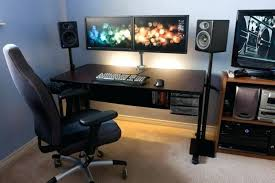 good computer tables best computer desk for dual monitors good pc desk for gaming fancy multimonitor