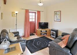Living Room To Dining Room Cottage In Mainsforth Hoseasons