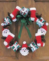 crochet christmas crochet christmas wreath favecrafts