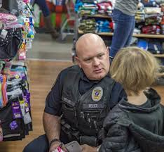 Jim Keller Area Agencies Hold Annual Shop With A Cop Event Clarkcountytoday Com