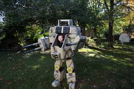 halloween costumes for dad and son this father and son u0027s mechwarrior halloween costume is incredible