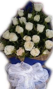 White Rose Bouquet 24 Pcs White Roses Bouquet With Solidago Heidis Flower Shop