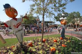 halloween town decorations magic kingdom halloween decorations 2013 photo 1 of 40