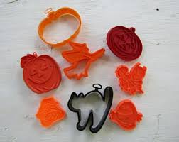 vintage halloween cookie cutters etsy