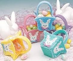 online easter baskets leisure arts mini easter baskets plastic canvas pattern epattern
