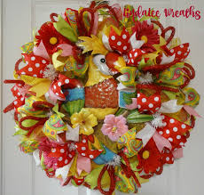 springtime wreaths deco mesh springtime wreath parrot dise wreath home decor front