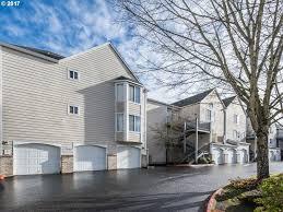 portland condominiums for sale between 200 000 300 000 mls