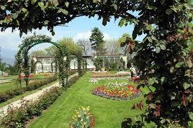 pretty italian garden style garden ideas garden style apartment