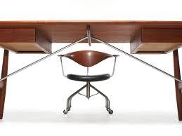 Modern Writing Desks by The Architect U0027s Desk By Hans Wegner Image 3 Furniture