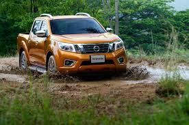 nissan np300 navara 2015 all new nissan np300 navara cars exclusive videos and